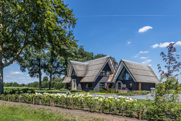Villa fotografie Twente Architectuur- en bouwfotografe Nicole Tanke van www.linesareeverywhere.com